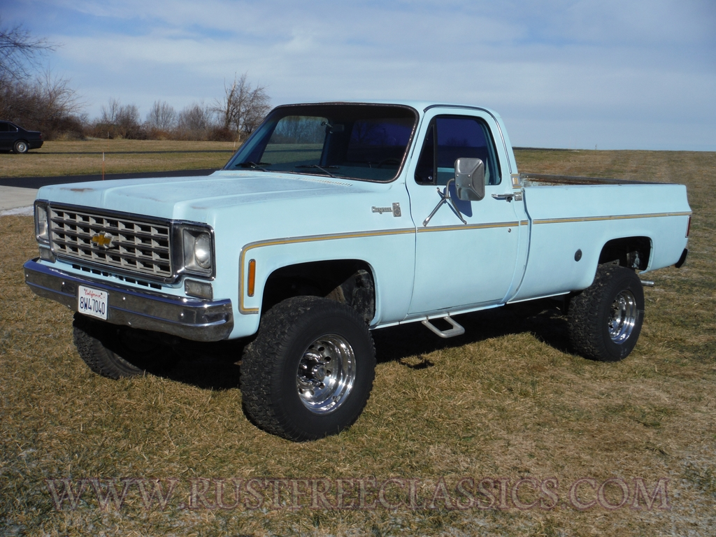 77A6917A3828086 further Sale together with rustfreeclassics additionally 1202cct 1977 chevrolet c10 besides Watch. on 77 chevy truck exhaust
